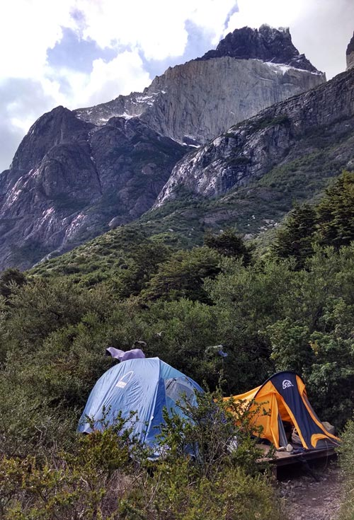 Camping under the mountains at Cuernas