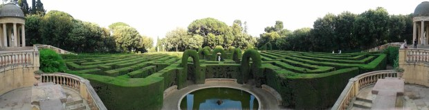 Barcelona Labyrinth Maze Park panorama
