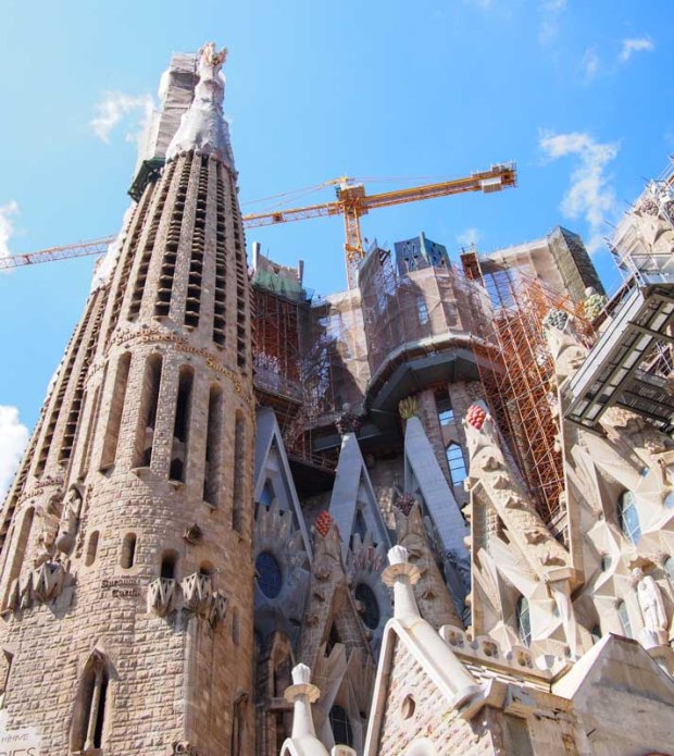 La Sagrada Familia under construction