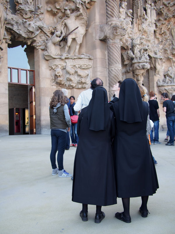 Nuns at Sagrada Familia