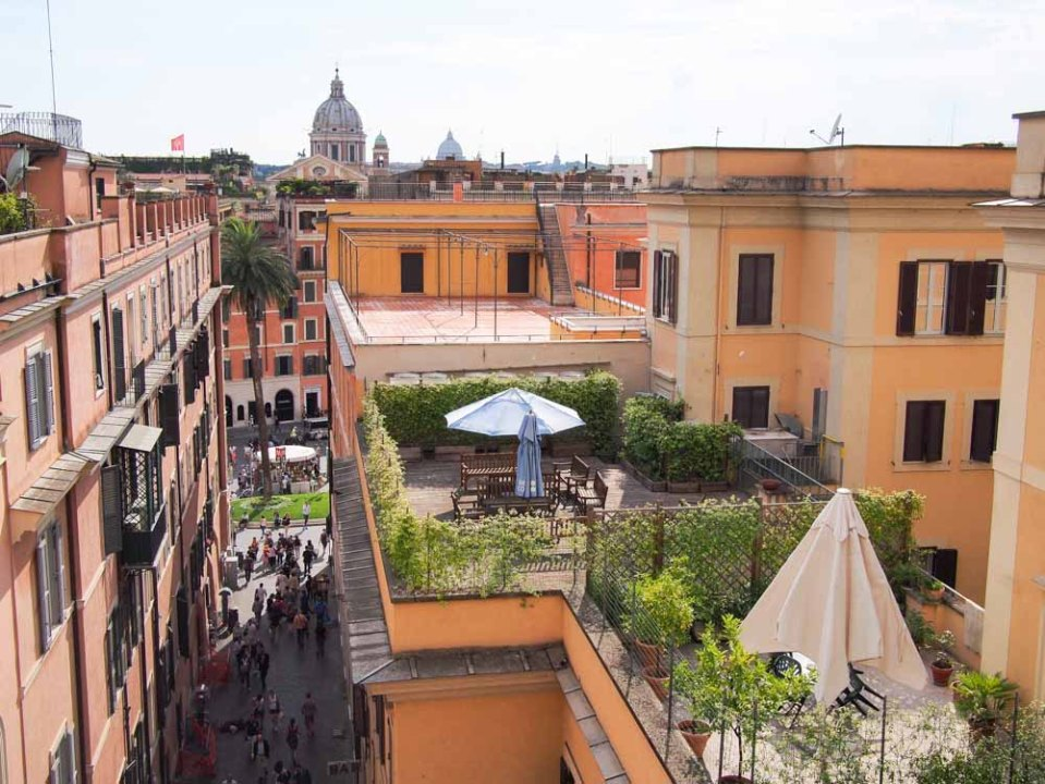 Patio live in Rome, Italy